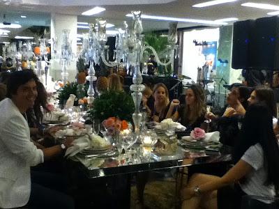 fno+mesa+dos+embaixadores Carão, Bicão e Cabelão no Vogue FNO no Fashion Mall!!