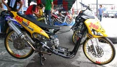 gambar motor drak skutik