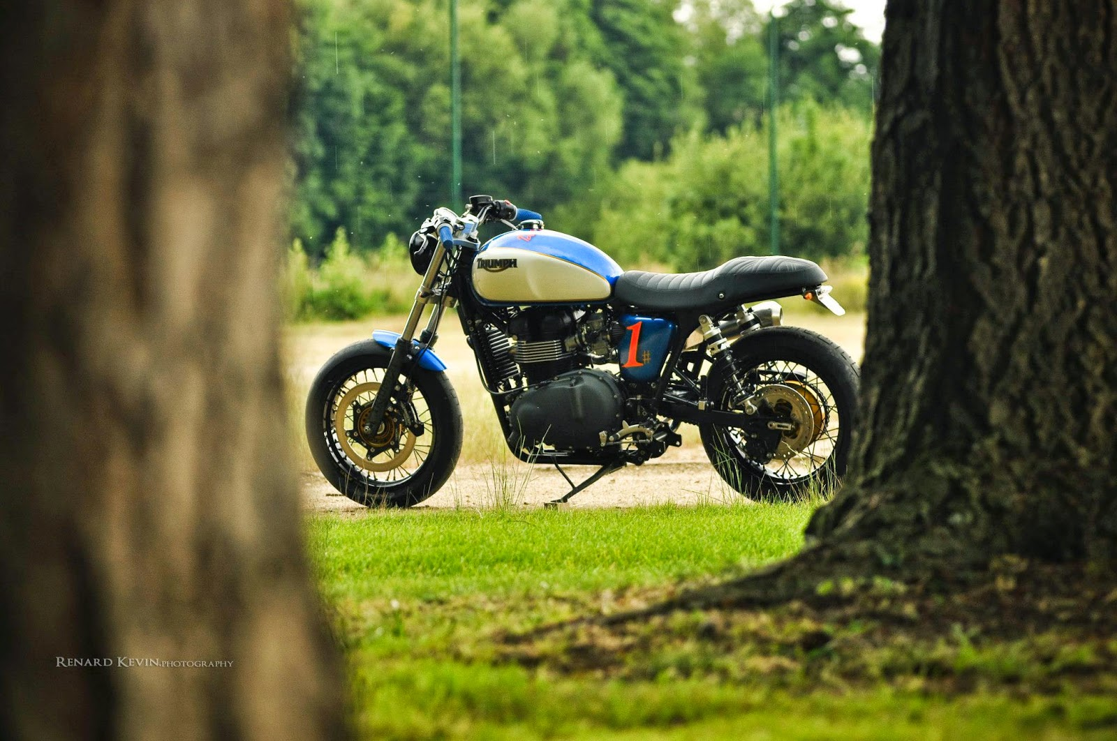 Racing Caf U00e8  Triumph Thruxton Dirt Track By Fcr Original