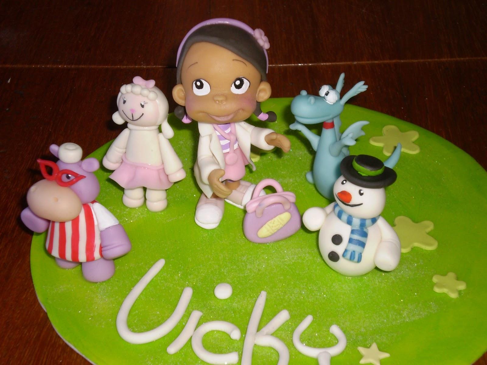 Souvenirs y adorno de torta de la doctora juguetes