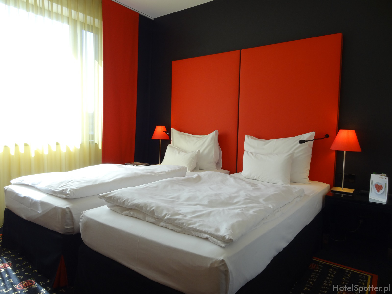 angelo Hotel Katowice - lozka