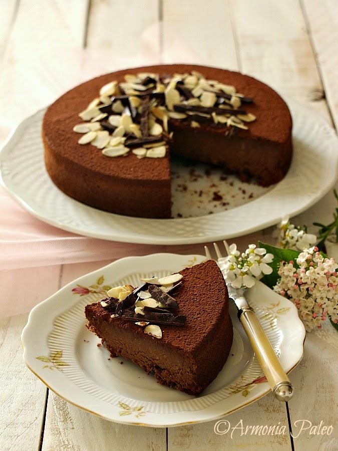 Torta Fondente al Cioccolato e Mandorle di Armonia Paleo