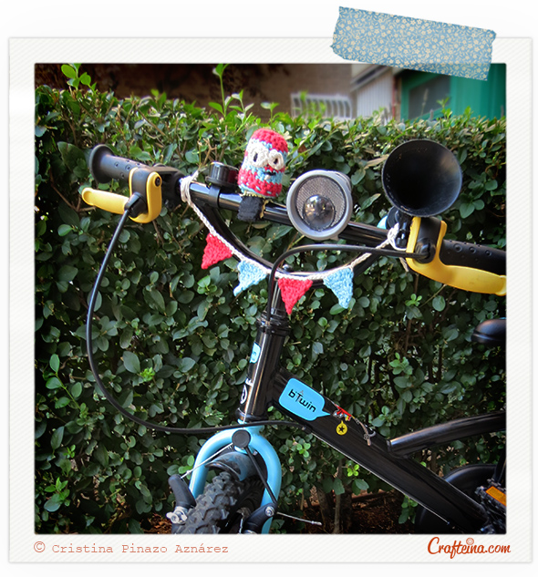 Crafteina - Crochet decorated bike