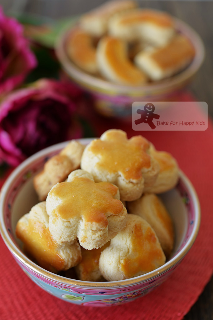 Bake for happy kids crunchy melt in your mouth nutty crumbly best melt in the mouth chinese almond cookies forumfinder Images