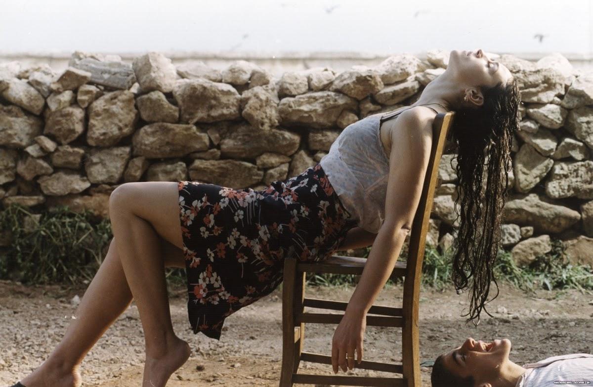 http://3.bp.blogspot.com/-z1WcGP6fmoQ/TdZM6UPZ4-I/AAAAAAAAB5Q/te6z6vefHOg/s1200/Hot+Pics+of+Monica+Bellucci+From+The+Movie+Malena+11.jpg