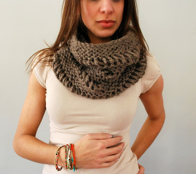Knitted Drop Stitch Cowl Pattern : iKNITS: Drop Stitch Cowl- ADULT AND CHILD SIZE!