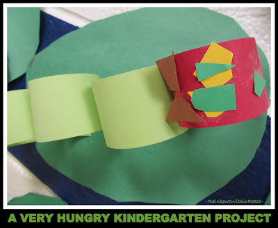 photo of: Construction Paper Chain Caterpillar in Kindergarten (via RainbowsWithinReach
