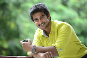 Hero Adi Handsome looking Photos Gallery-thumbnail-16
