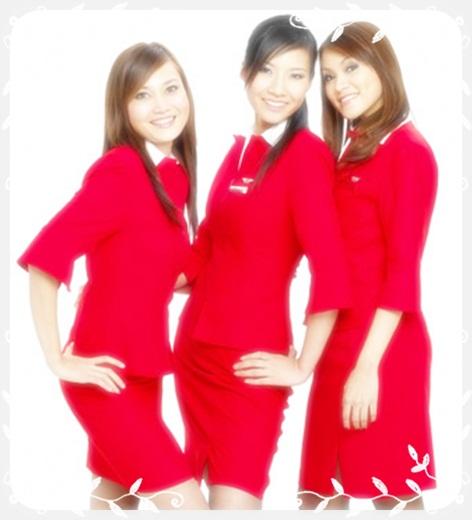 Contoh model seragam pramugari maskapai airlines Indonesia