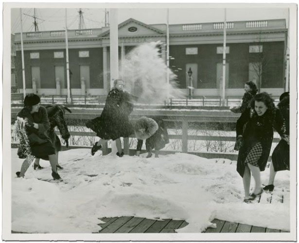 Snow battle in front of Georgia Building