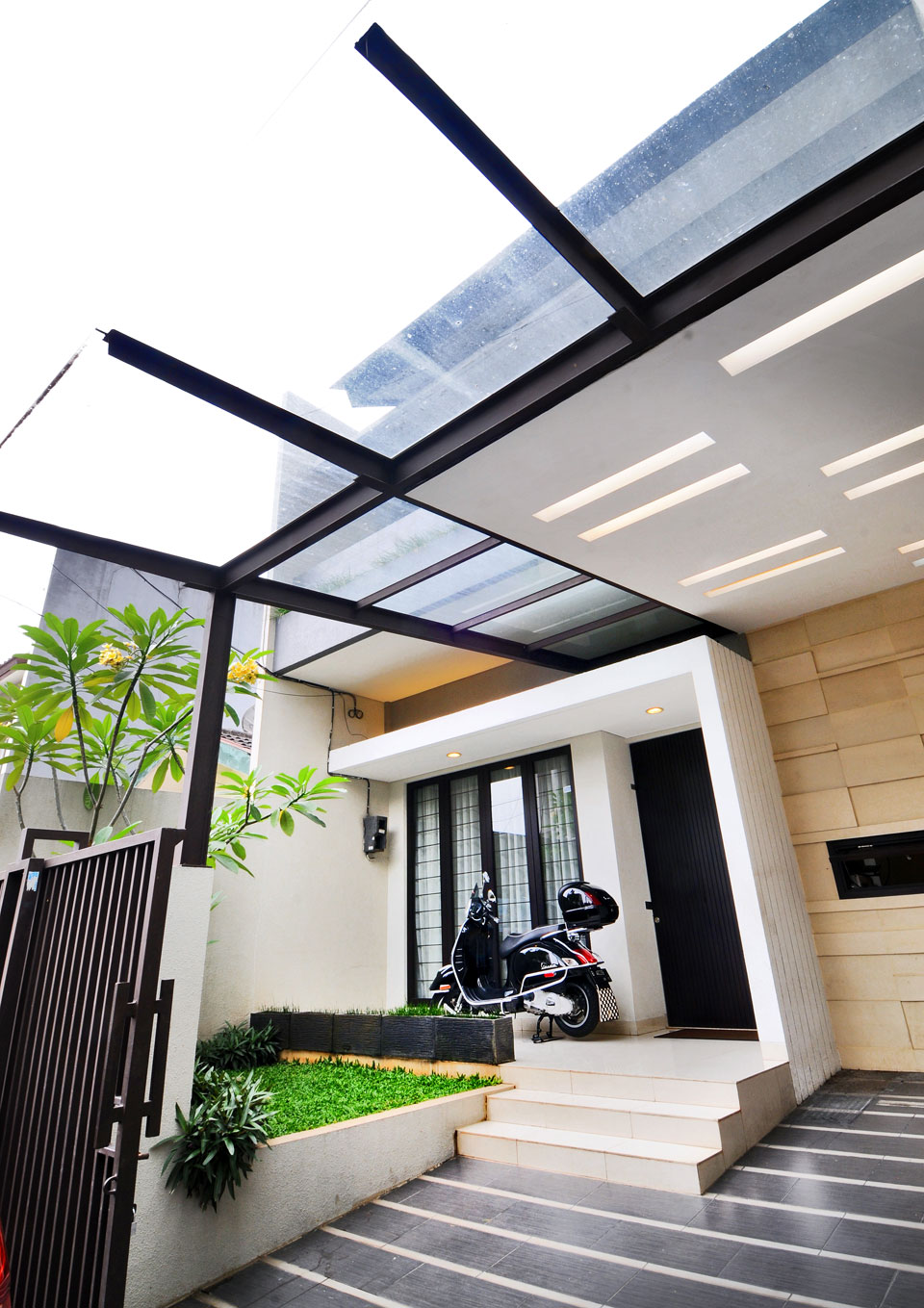 8 carport design for beautify of facade home decors homedecors. Black Bedroom Furniture Sets. Home Design Ideas