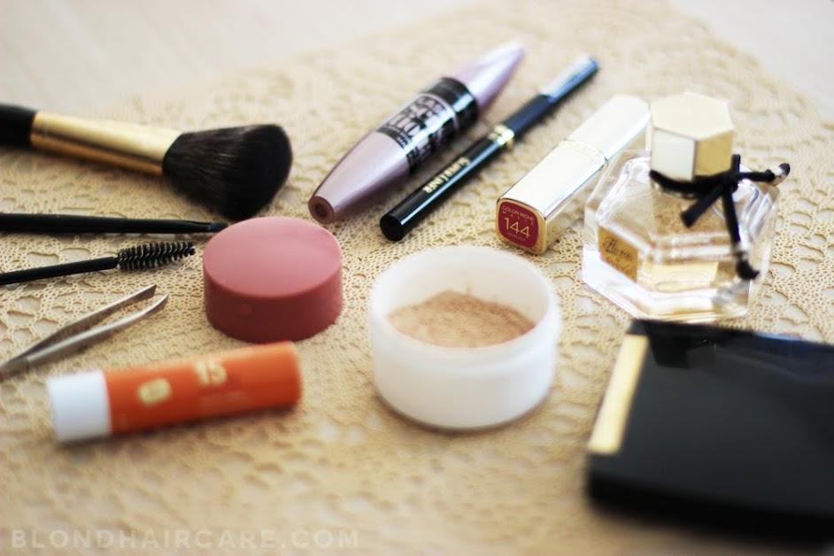 Wakacyjna kosmetyczka - co zabrać?
