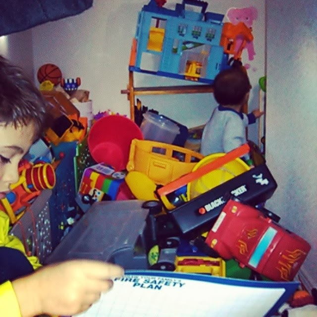Life Lessons - sorting through the toy clutter and what we learned @ SoHeresMyLife.com