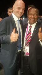 PRESIDENTE DE FIFA Y OSIRIS GUZMAN