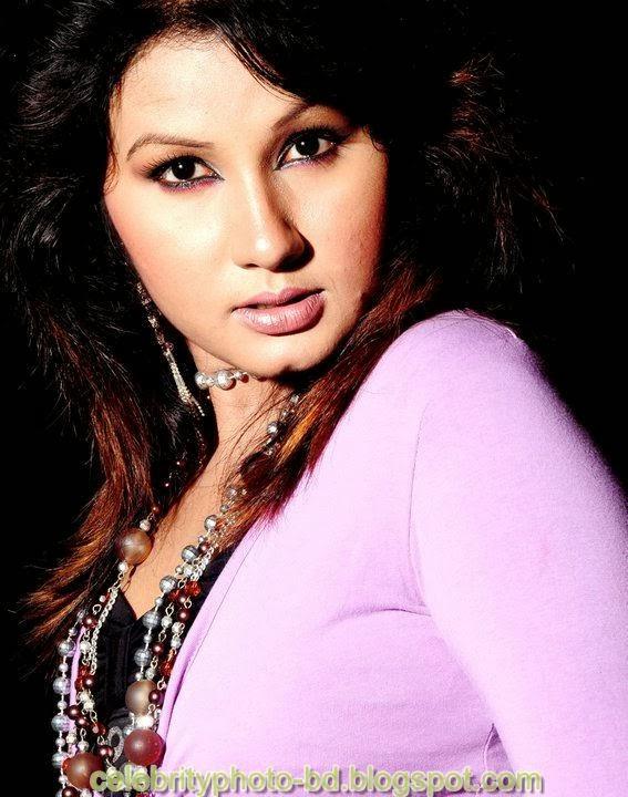 Dhaka+Girl+Homely+Made+Model+Photos004