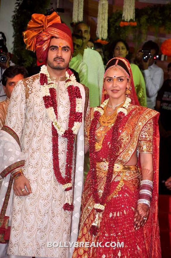 Bharat Takhtani, Esha Deol - (2) - Esha Deol Wedding Pics 2012 - Full Set