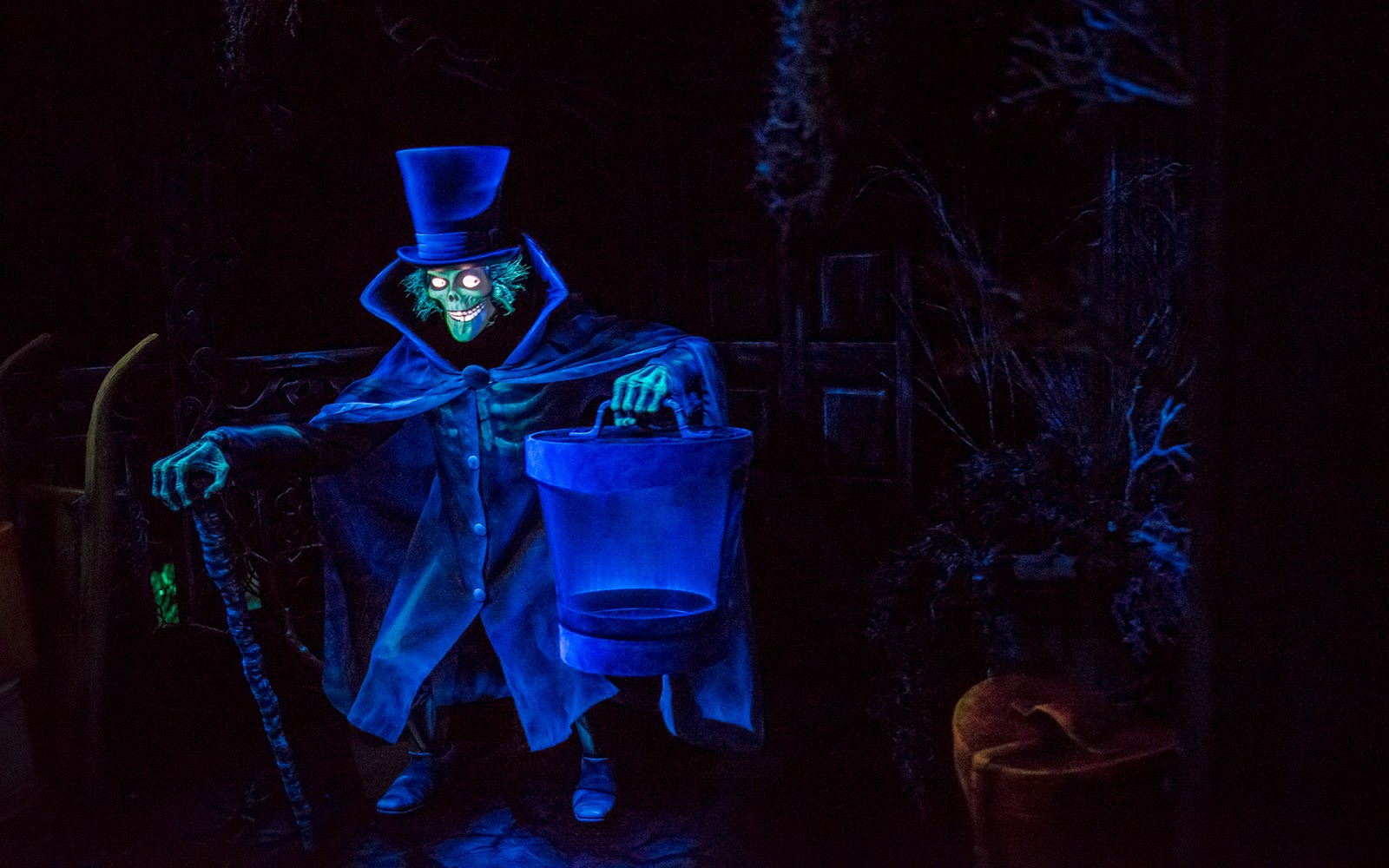 disney photoblography the hatbox ghost