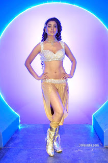Shriya Saran Spicy Dance Perfromence on Stage in Small Clothes Spicy Pictures
