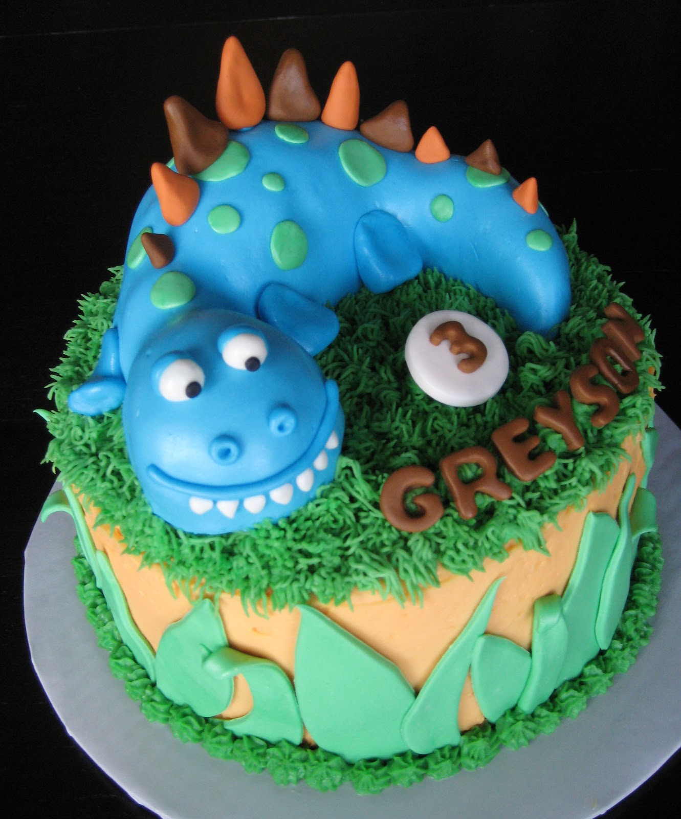 Kids Custom Birthday Cakes Online