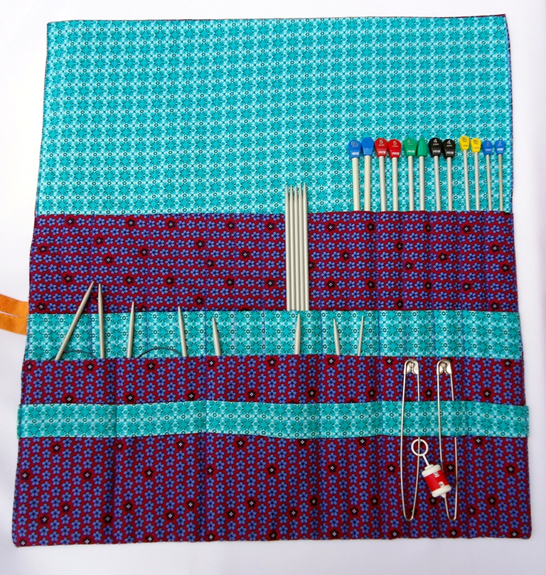 Knitting Needle Roll Pattern : Stitch of Love: My First Sewing Project: Knitting Needle Roll