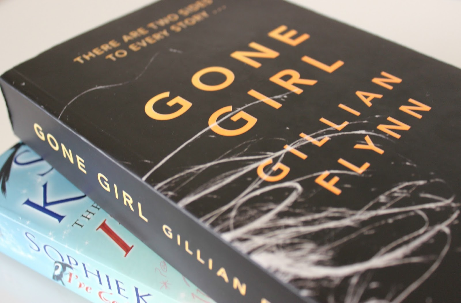 A picture of Gone Girl by Gillian Flynn