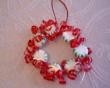 Candy wreath ornament 1