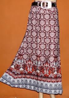 Rok Wanita RM256A