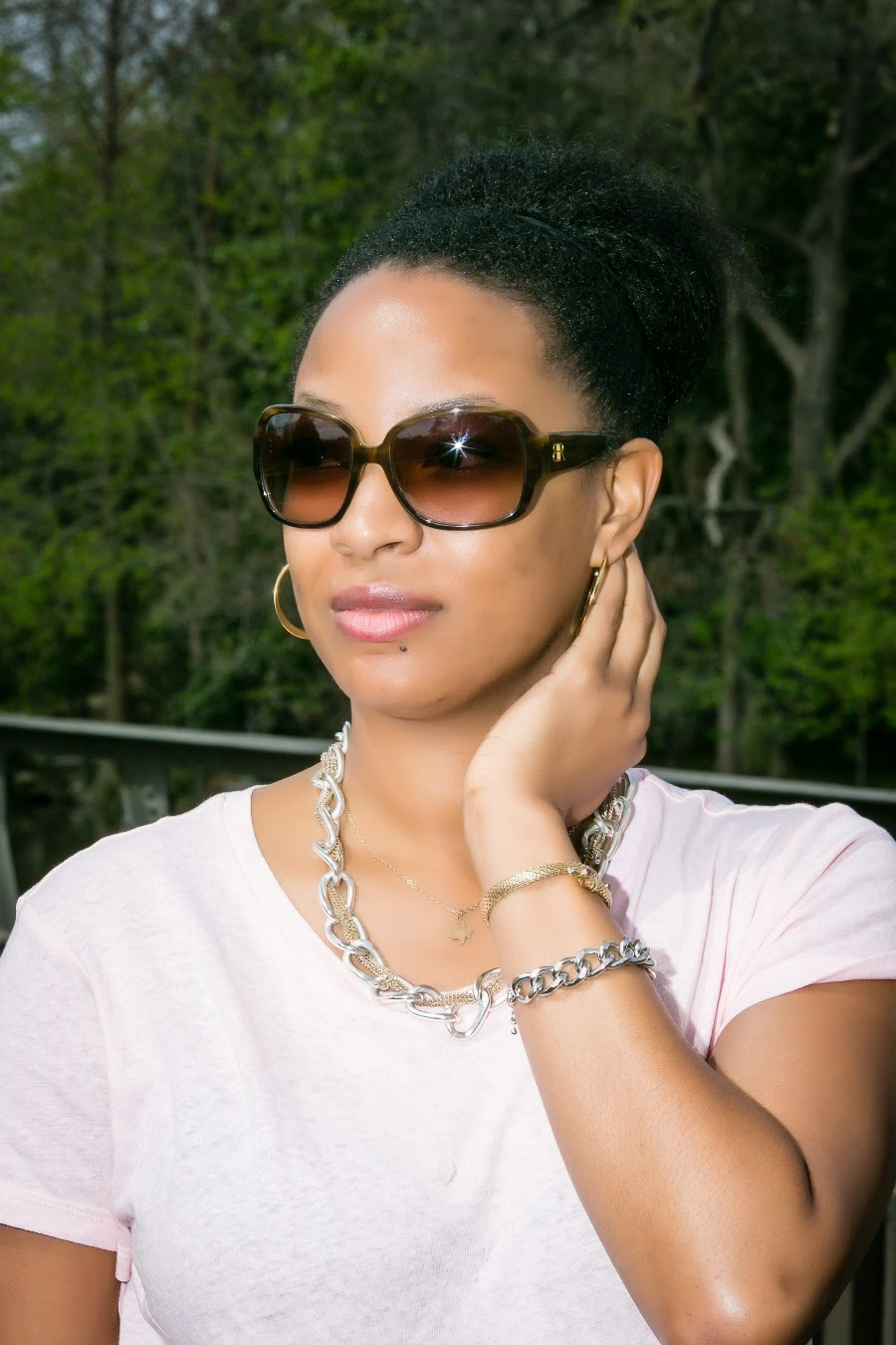 Leah Frazier Dallas Fashion Blogger Banana Republic Sunglasses
