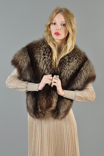 Vintage 1940's brown colored fox fur stole