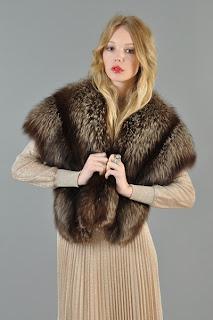 Vintage 1940's brown colored fox fur stole
