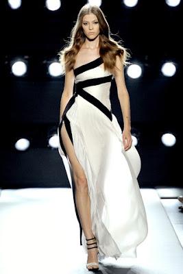 One-shoulder whiter black chiffon long party dress