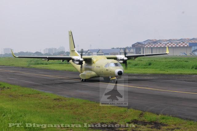 Pesawat CN-235 MPA Pesanan TNI-AL Jalani Uji Terbang