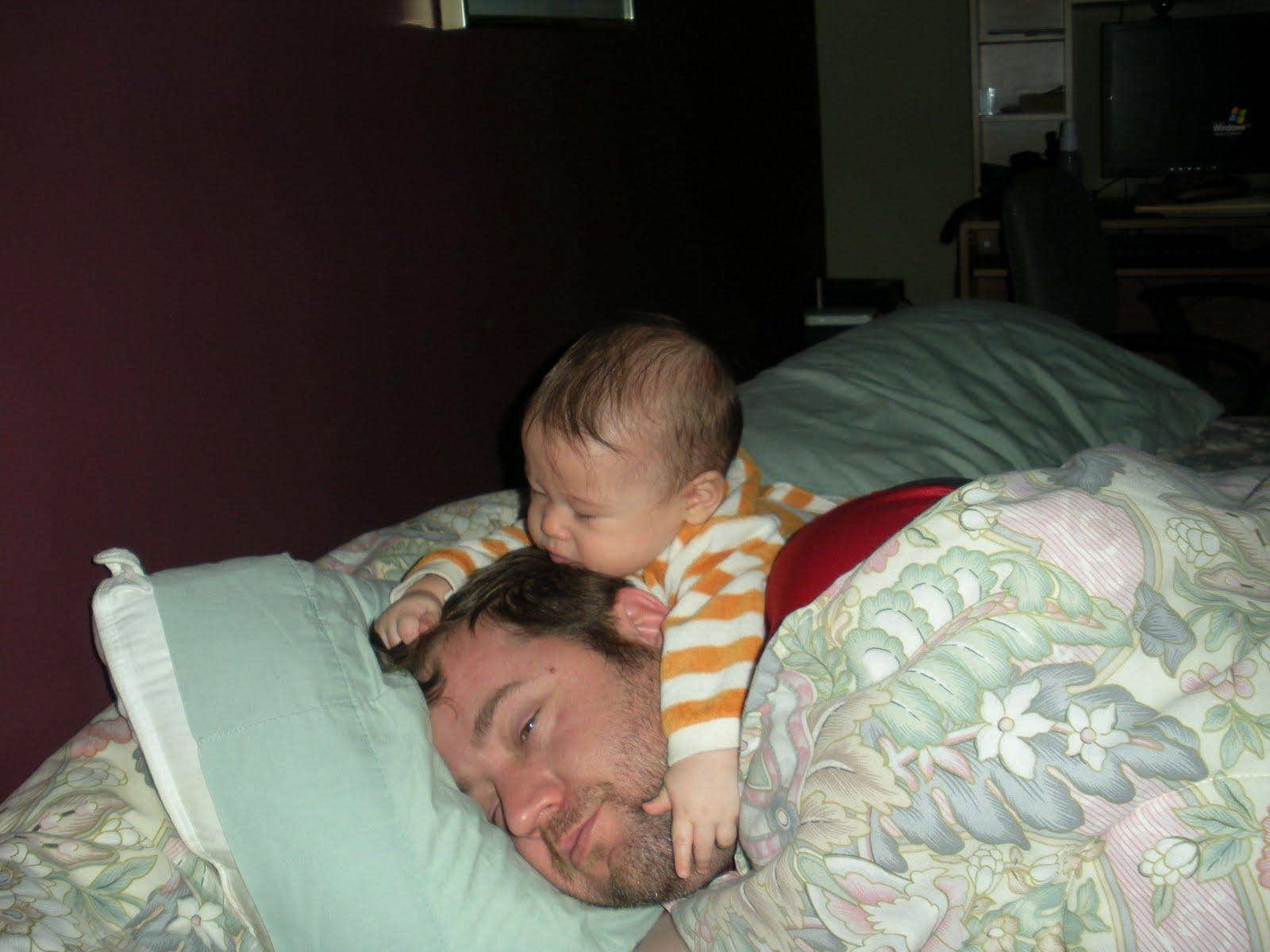 Фотографии пока она спит, Спящие жены без трусов (47 фото) 2 фотография