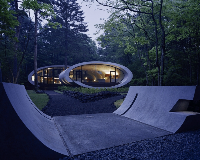 18-Front-Artechnic-Architects-Residential-Architecture-with-the-Shell-House-www-designstack-co
