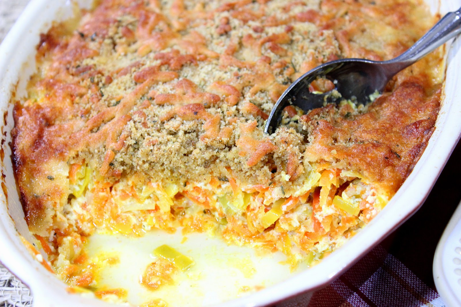 http://www.kudoskitchenbyrenee.com/2015/03/carrot-and-leek-gratin-plus-cookbook-giveaway.html