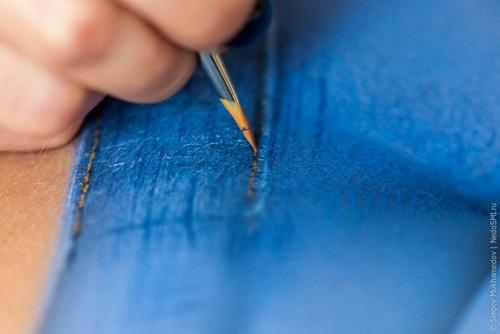 Body Painting Pada Bokong Mirip Celana Jeans Asli [lensaglobe.blogspot.com]