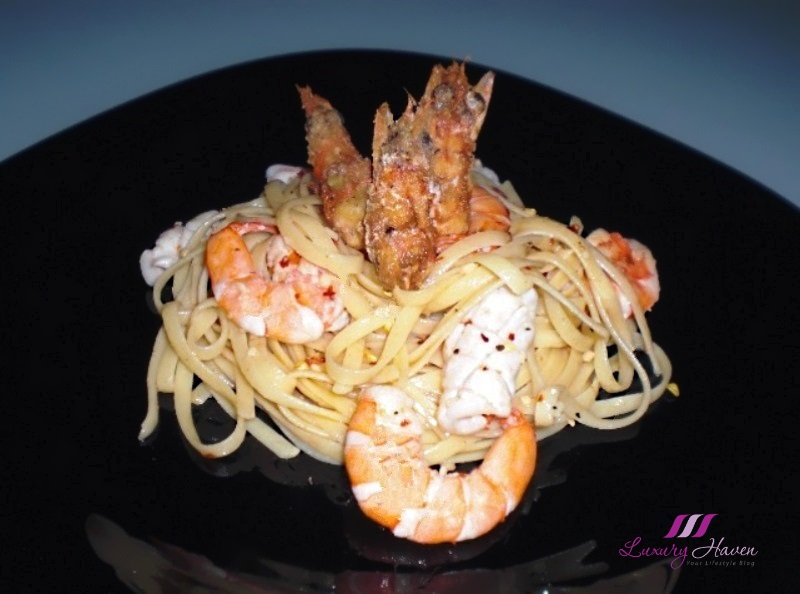 twin prawn seafood linguine recipe