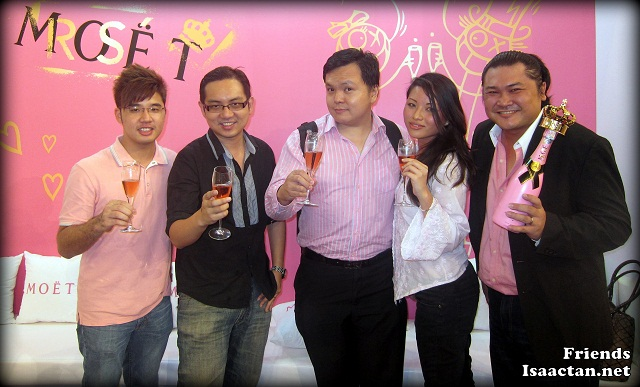 Bloggers at Chandon Rose Imperial Party