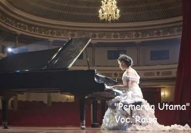 http://fernandagodoi.blogspot.com/2015/01/lirik-lagu-pemeran-utama-oleh-raisa.html