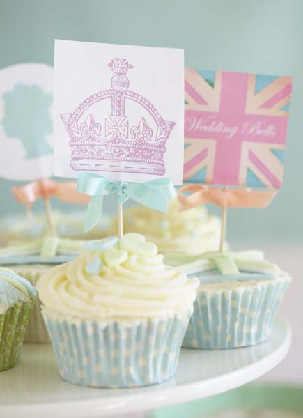 Decorating cupcakes for royal wedding