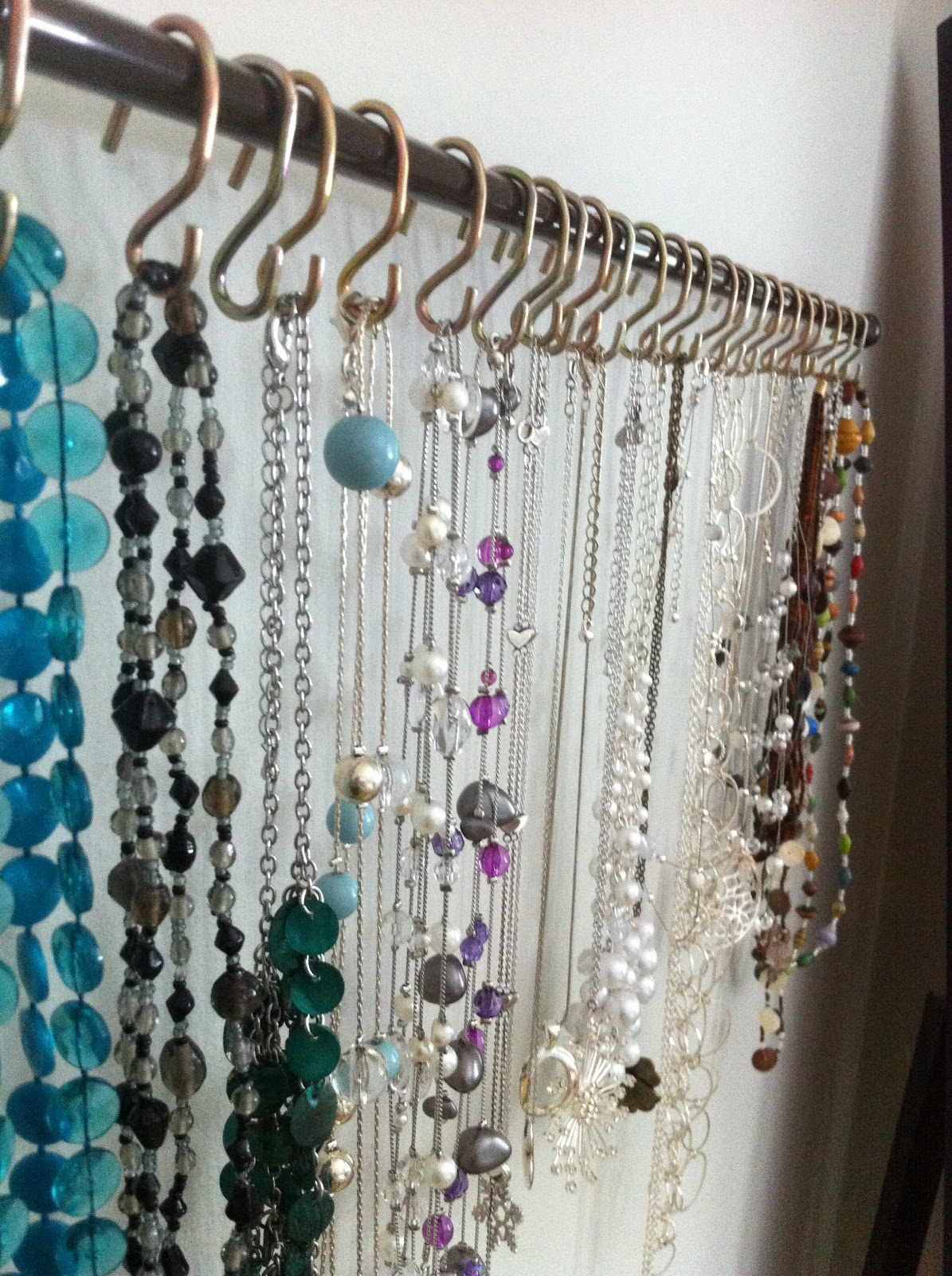 Life Of The Kluges DIY Necklace Rack