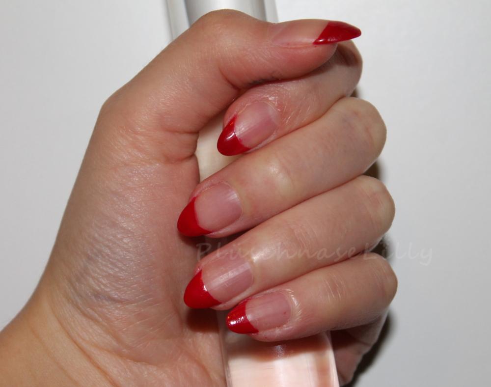 KleineBunteWelt: Nails of the Day - Rote Spitzen