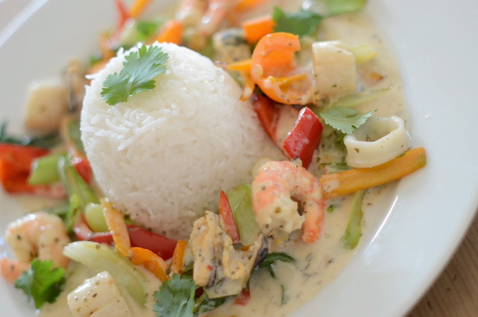 ... thai seafood curry recipe steamy kitchen recipes thai seafood curry