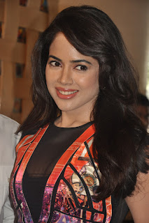 Sameera Reddy Cute Pictures