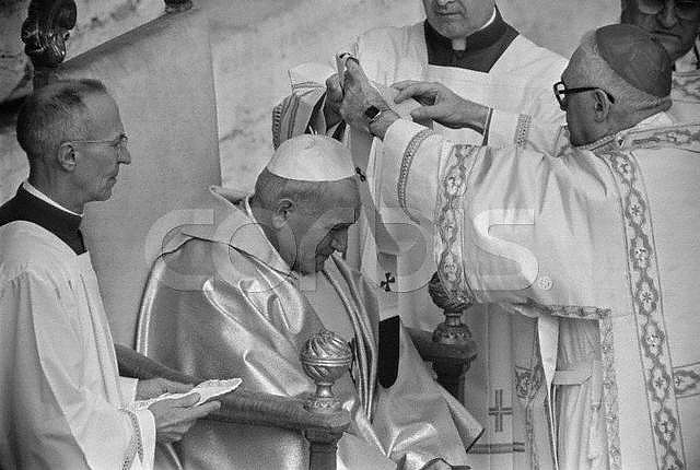 a summary of the life of pope john paul ii The first polish pope in history and the first non-italian in 456 years, john paul ii  was 58 when elected to lead the roman catholic church.