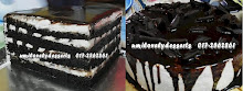 BlaCK n wHIte iTaLiAn cREam CHeeSE caKE
