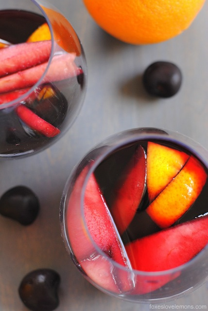 Sangria Party Week: Red Cherry Sangria | foxeslovelemons.com