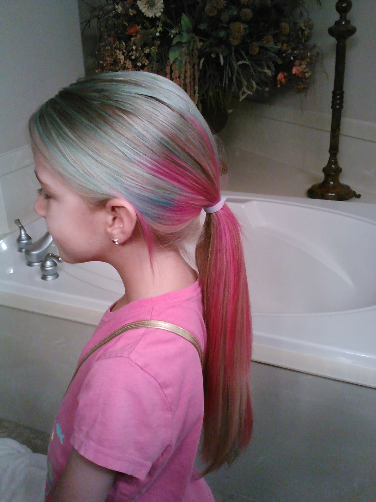 Little Girl S Hairstyles How To Dye Multi Colored Hair