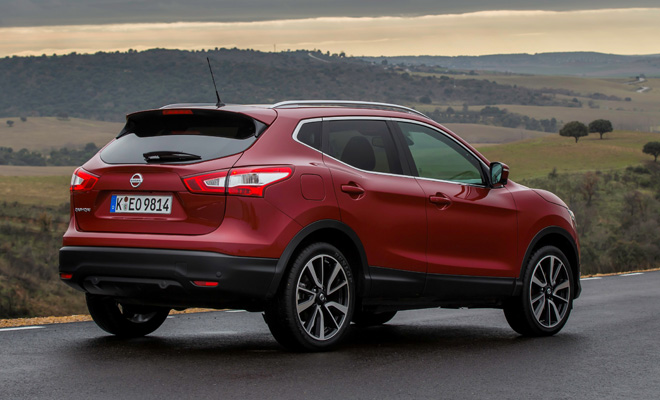 2014 Nissan Qashqai from the rear