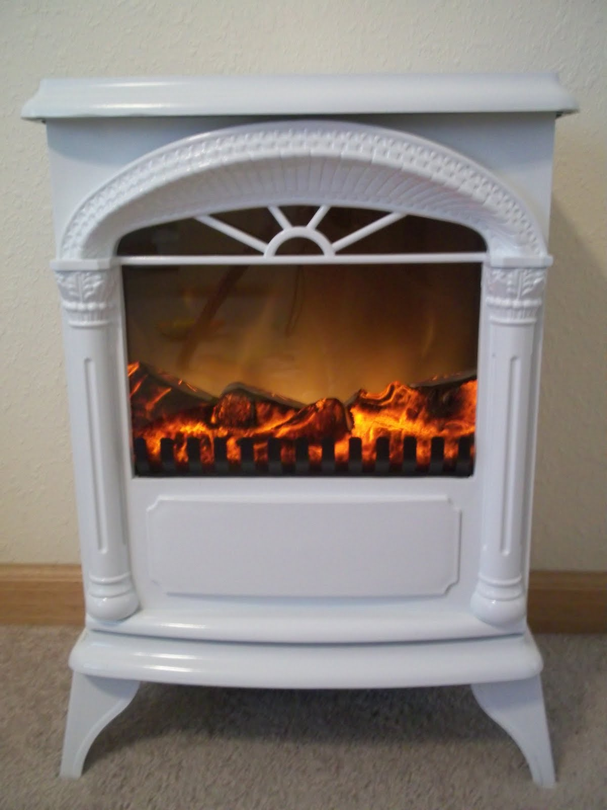 Small Electric Stoves With Ovens ~ Just for me and you plow hearth compact electric